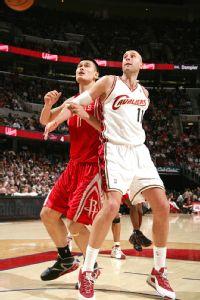 Yao Ming and Zydrunas Ilgauskas