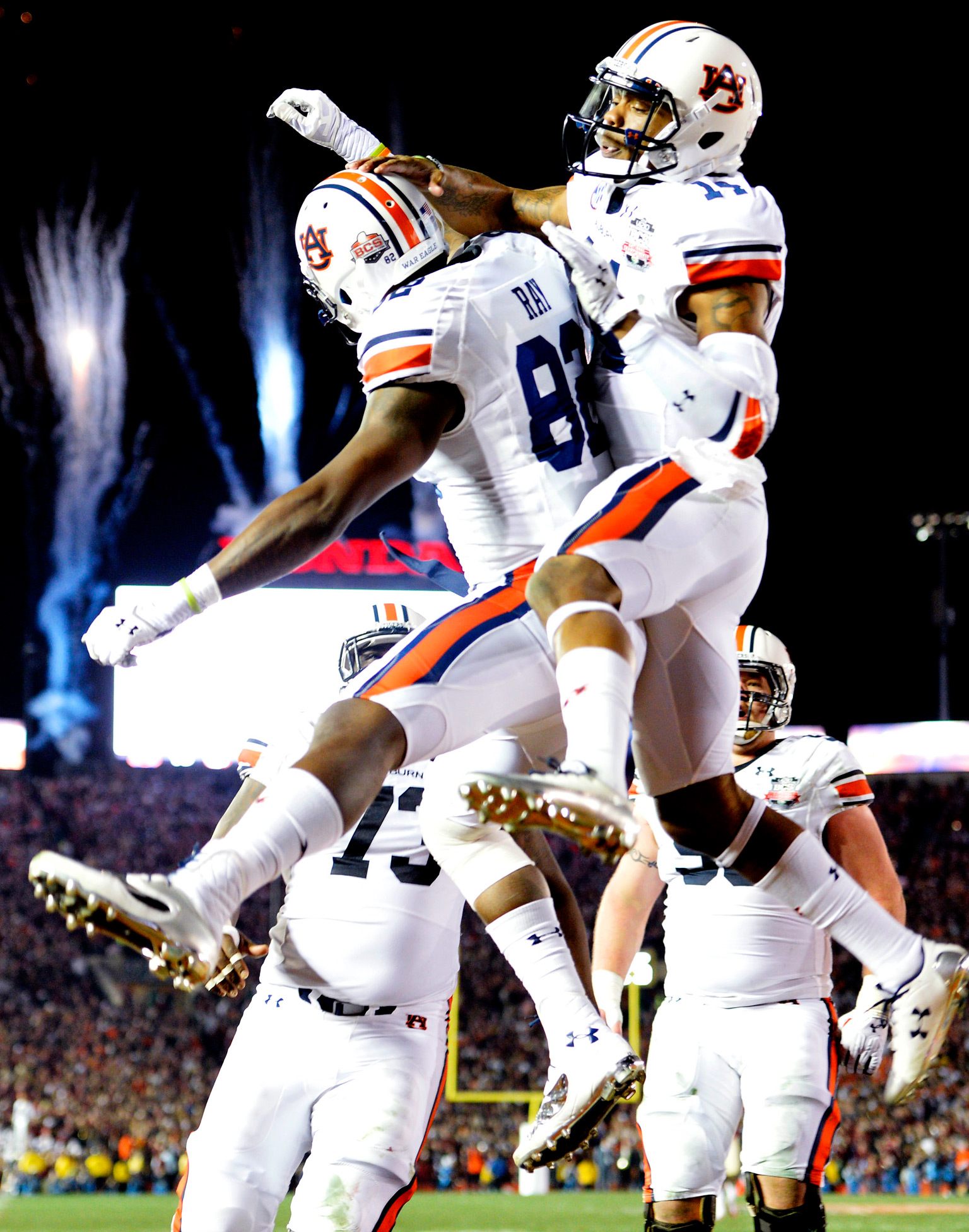 Auburn Tigers celebrate - 2013 BCS National Championship ...