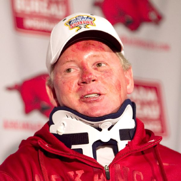 bobby petrino how tall