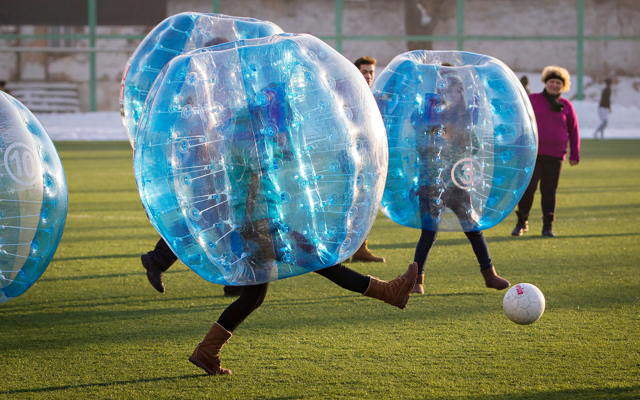 Bubble soccer friday funnies for jan 17 2014 espn