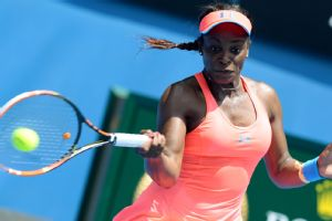 With her latest win, American Sloane Stephens now has advanced to the fourth round or better in five consecutive Grand Slam events.