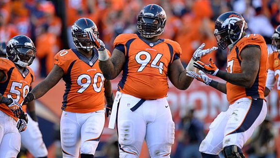Denver Broncos defensive tackl