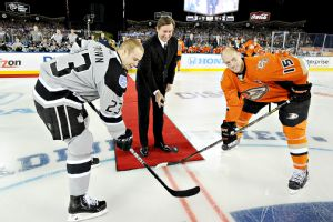 NHL's Stadium Series At Dodger Stadium Shows How Far Hockey Has Come In Los Angeles Los Angeles