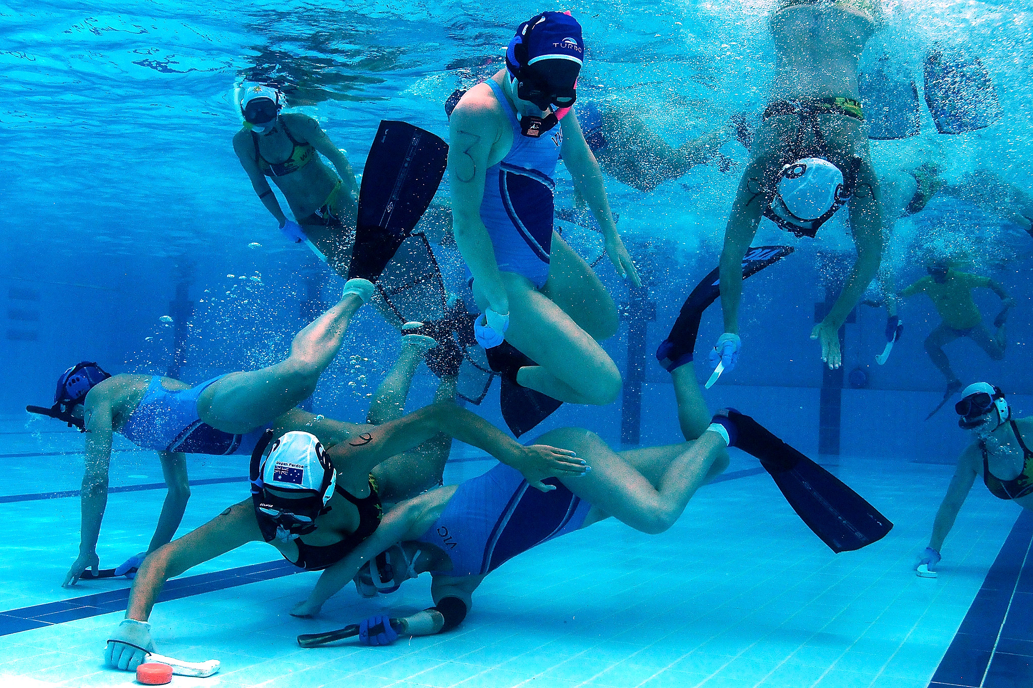 the history of underwater hockey and how it is played Love underwater hockey who invented this sport and it looks like it would be extremely fun because i have played hockey all my live underwater hockey history.