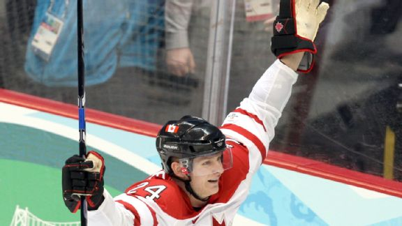 Corey Perry's goal gave Team Canada a lot of confidence midway through the second period.