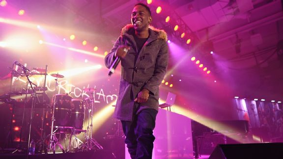 Kendrick Lamar at the ESPN Super bowl party