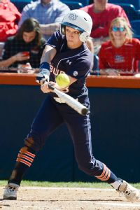 Auburn's Clint Myers inherits a group of hitters, such as Morgan Estell, to build around from the outset.
