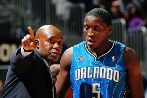 Jacque Vaughn and Victor Oladipo