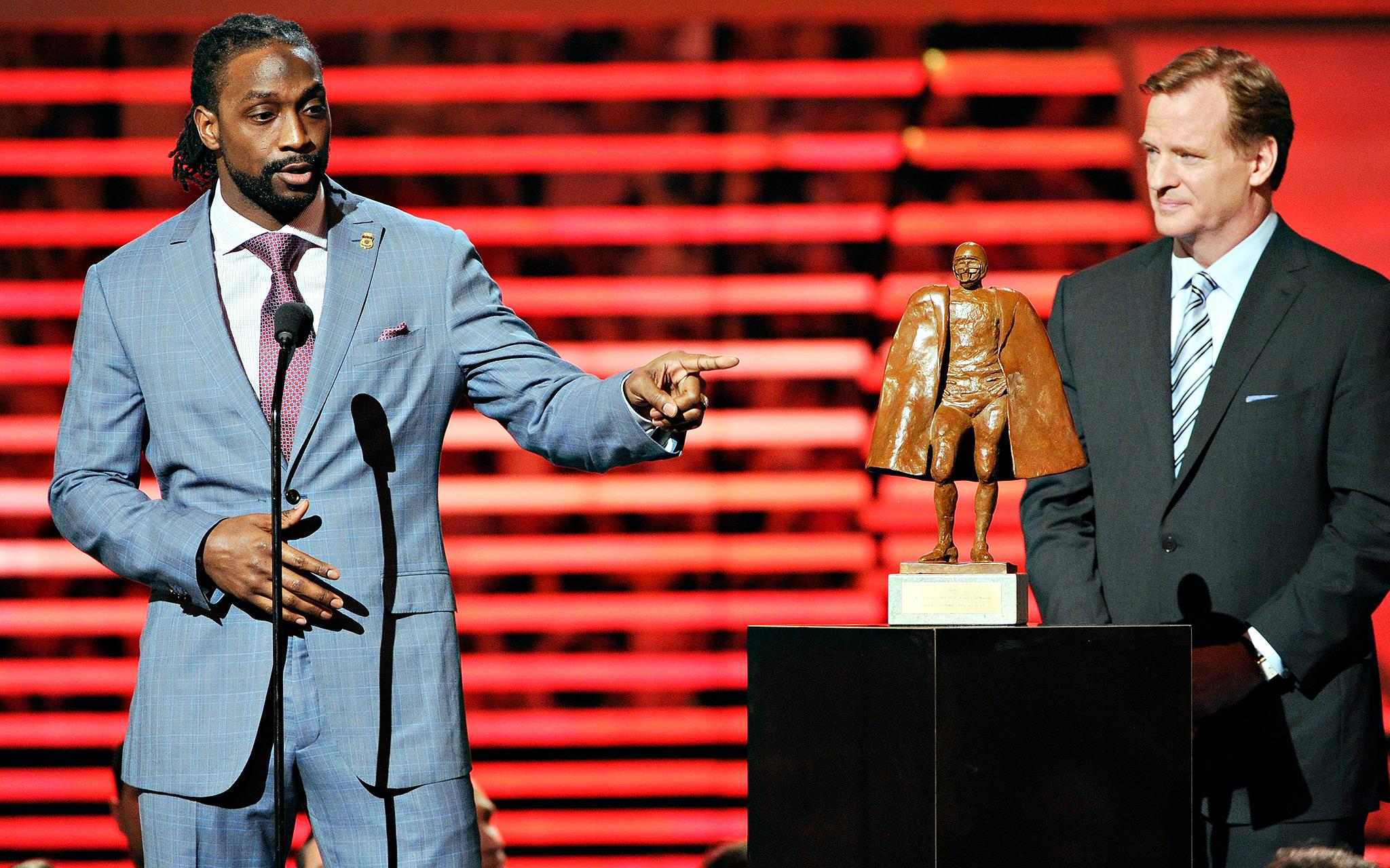 February, 1, 2013 - Walter Payton Man of the Year Award