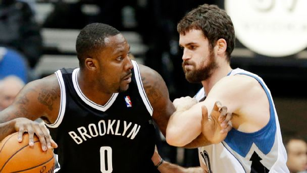 Andray Blatche and Kevin Love