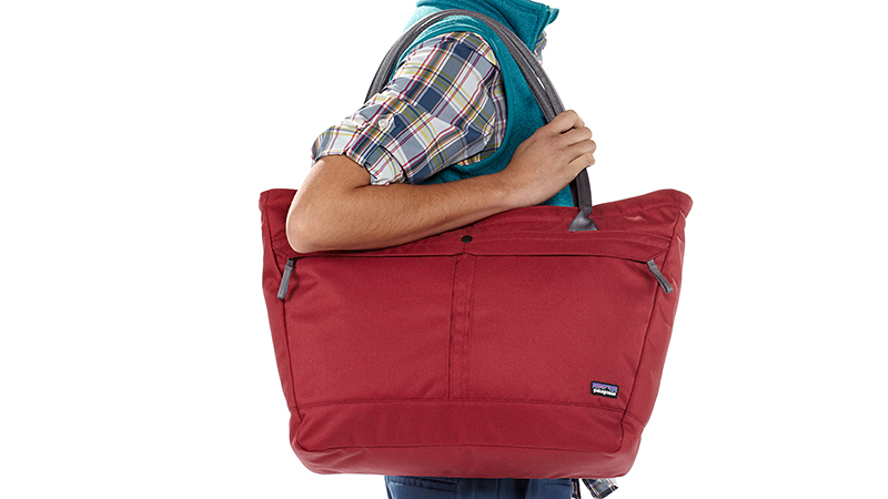 This satchel -- with its day-bag design -- holds your gym clothes and laptop effortlessly so you can transition from workout to workplace. Ideal for contemporary travelers as well, the bag's main compartment has a zip closure for extra security, external pockets (for energy bar, gym ID, passport or boarding pass), and water bottle pockets on both ends.