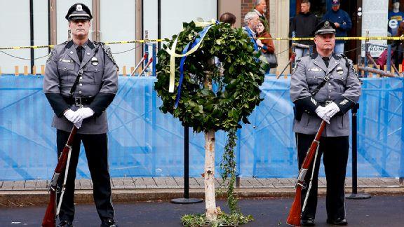 Marathon wreath