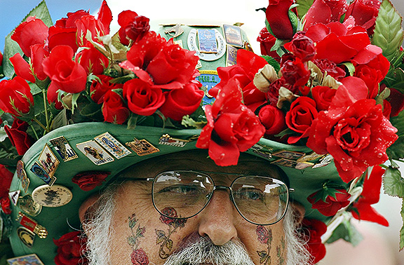 Derby Hat - Roses