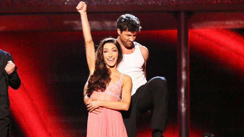 On Tuesday night, Olympic ice dancing gold medalist Meryl Davis added a Mirror Ball trophy to her collection by winning Season 18 of Dancing with the Stars with Maksim Chmerkovskiy. In honor of her victory, we look back at some of the show's top-performing athletes from years past.