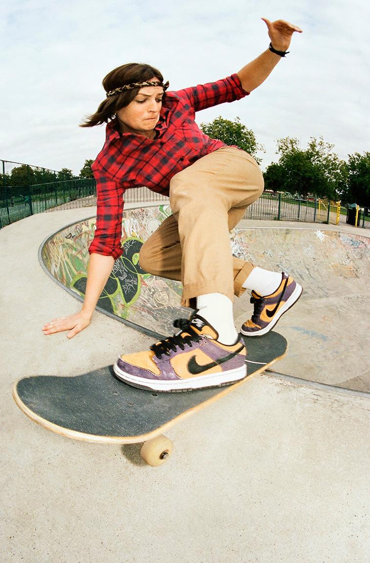 Faces of women's skateboarding