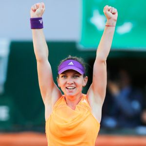 Simona Halep, owner of seven WTA titles, will be going for her first major on Saturday.