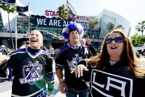 Los Angeles Kings Break Franchise And Arena Business Records At Game 1