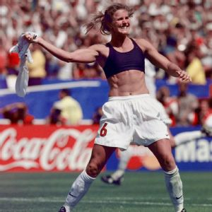 Before hitting that memorable penalty kick to clinch the 1999 Women's World Cup, Brandi Chastain earned her way back onto the U.S. team after getting cut in '93.
