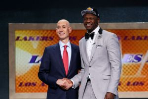 Julius Randle, Adam Silver