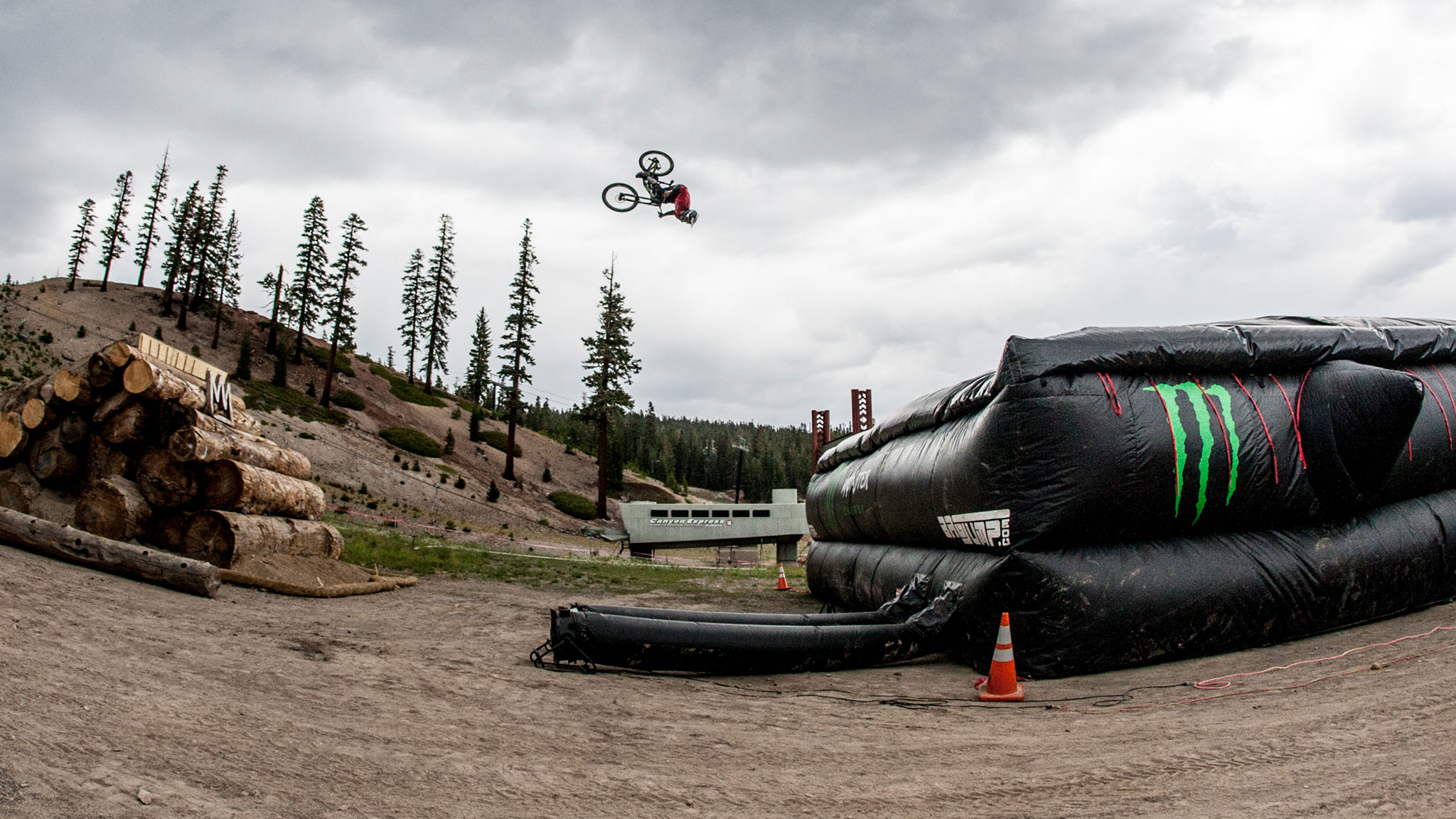 Zink practices getting upside down at distance for his world-record attempt Thursday at Mammoth.
