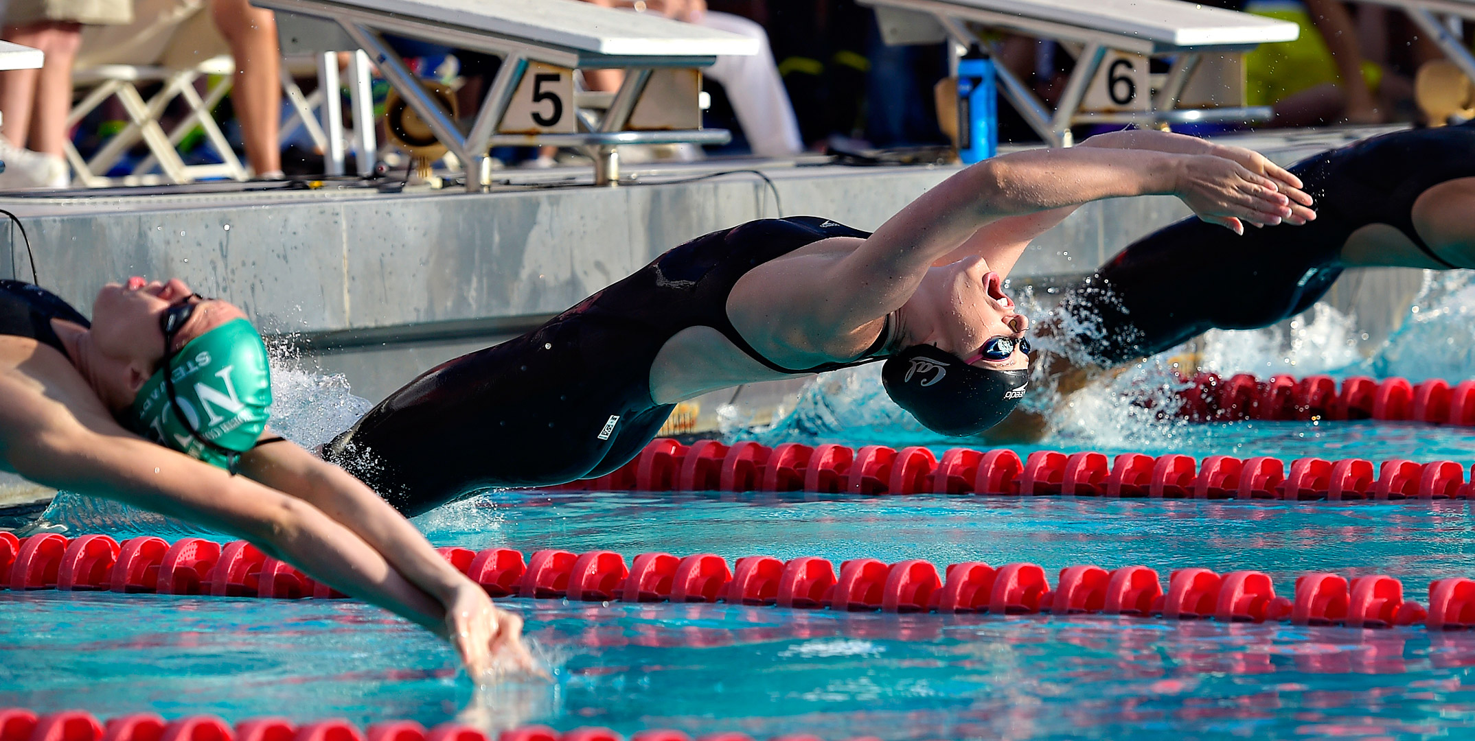 Missy Franklin, center, starts the women's 200-meter backstroke final alongside Kendyl Stewart, left, at the Los Angeles Invitational at USC in Los Angeles. Franklin won with a time of 2 minutes, 10.21 seconds.