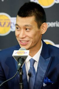 Lin joins Lakers, says 'Linsanity' part of past