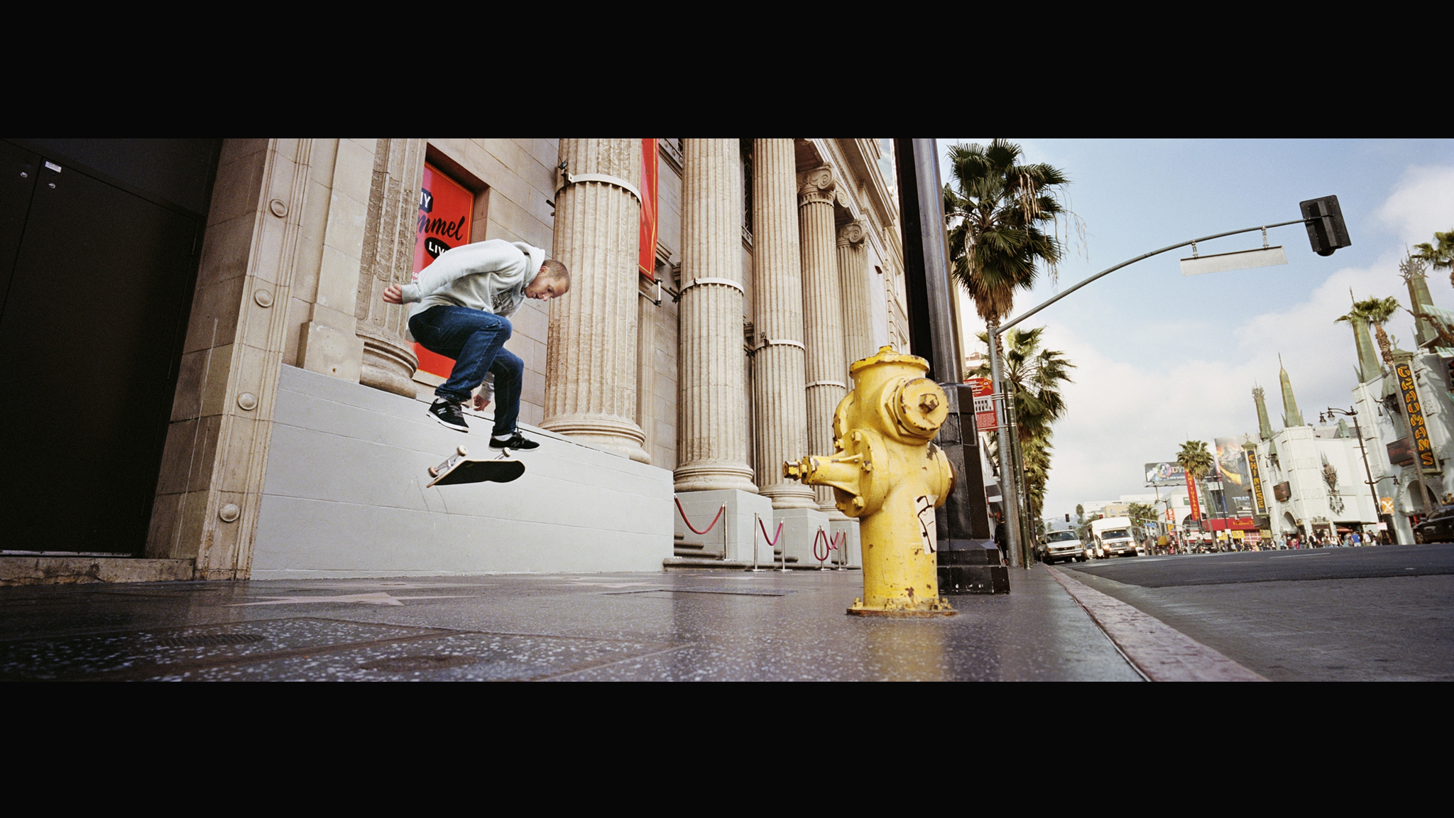 Hollywood kickflip