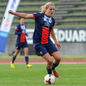 Lindsey Horan has played two seasons in France for Paris Saint-Germain and just signed another two-year contract with the club.