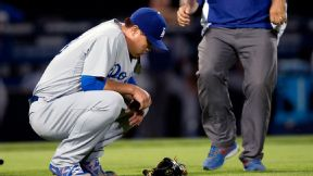 Dodgers lose P Ryu to DL with glute strain