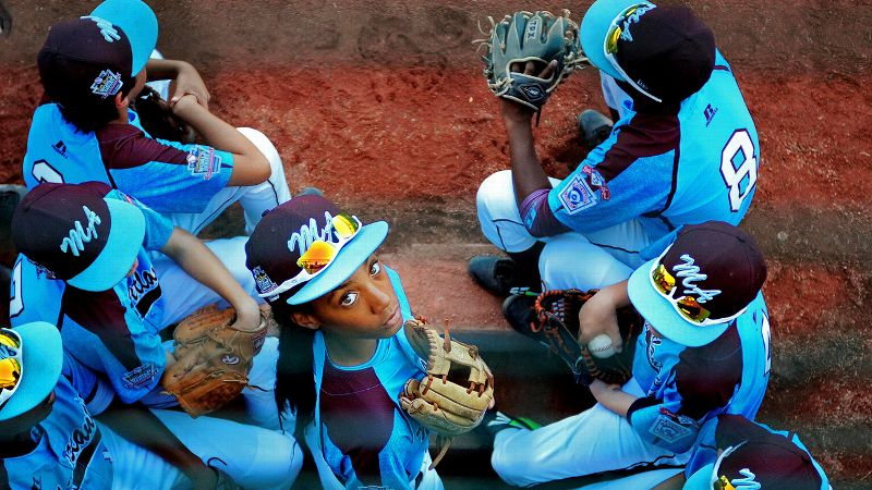 Mo'ne Davis has nowhere to look but up, with endless opportunities awaiting this fearless young woman who not only entertained with her sheer talent and gusto, but also inspired.
