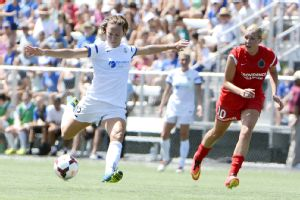 Lauren Holiday scored one goal and assisted on another in FC Kansas City's 2-0 semifinal win against Portland Thorns FC in Saturday's NWSL semifinals.