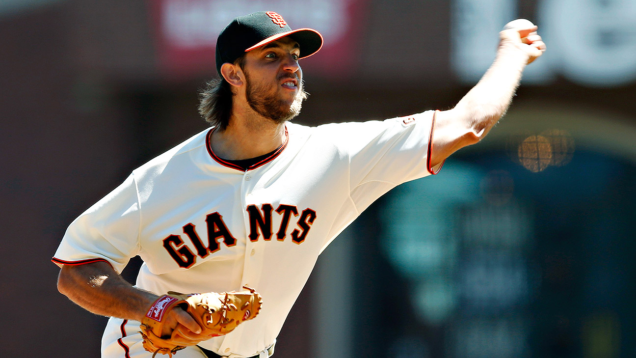 Giants pitcher Madison Bumgarner cleared to resume throwing