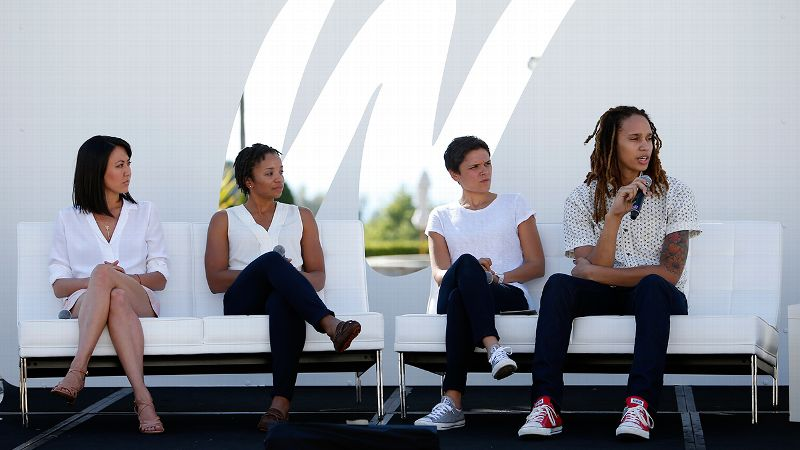 2014 espnW Women  Sports Summit: Lindsay Kagawa, Dr. Nefertiti Walker, Kate Fagan and Brittney Griner