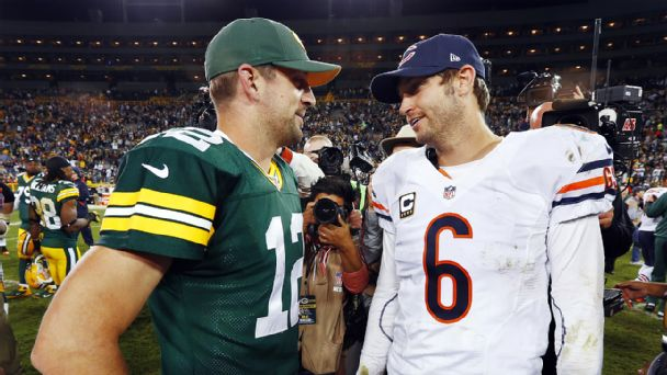 Follow live: Bears nursing lead over Packers in second half