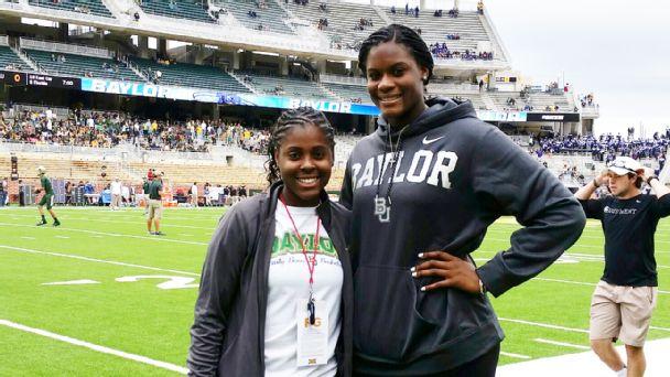 Alexandria Gulley and Kalani Brown