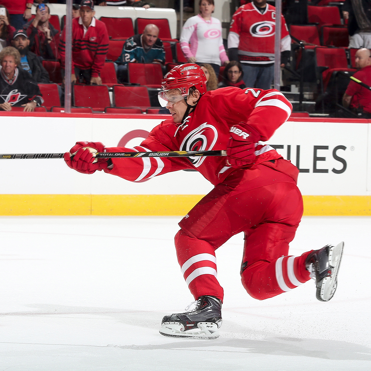 Hurricanes try to erase mistake with Alexander Semin buyout