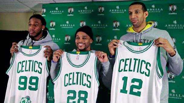 Jae Crowder, Jameer Nelson and Brandan Wright