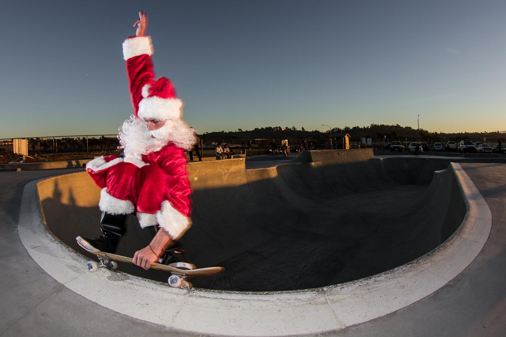 Slob Grind Gallery Santa Claus The Skateboarder X Click Santa Claus Skateboard