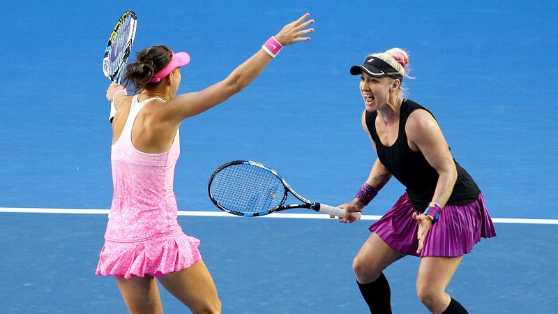 Pic of the Day: Bethanie Mattek-Sands and Lucie Safarova  on Day 12