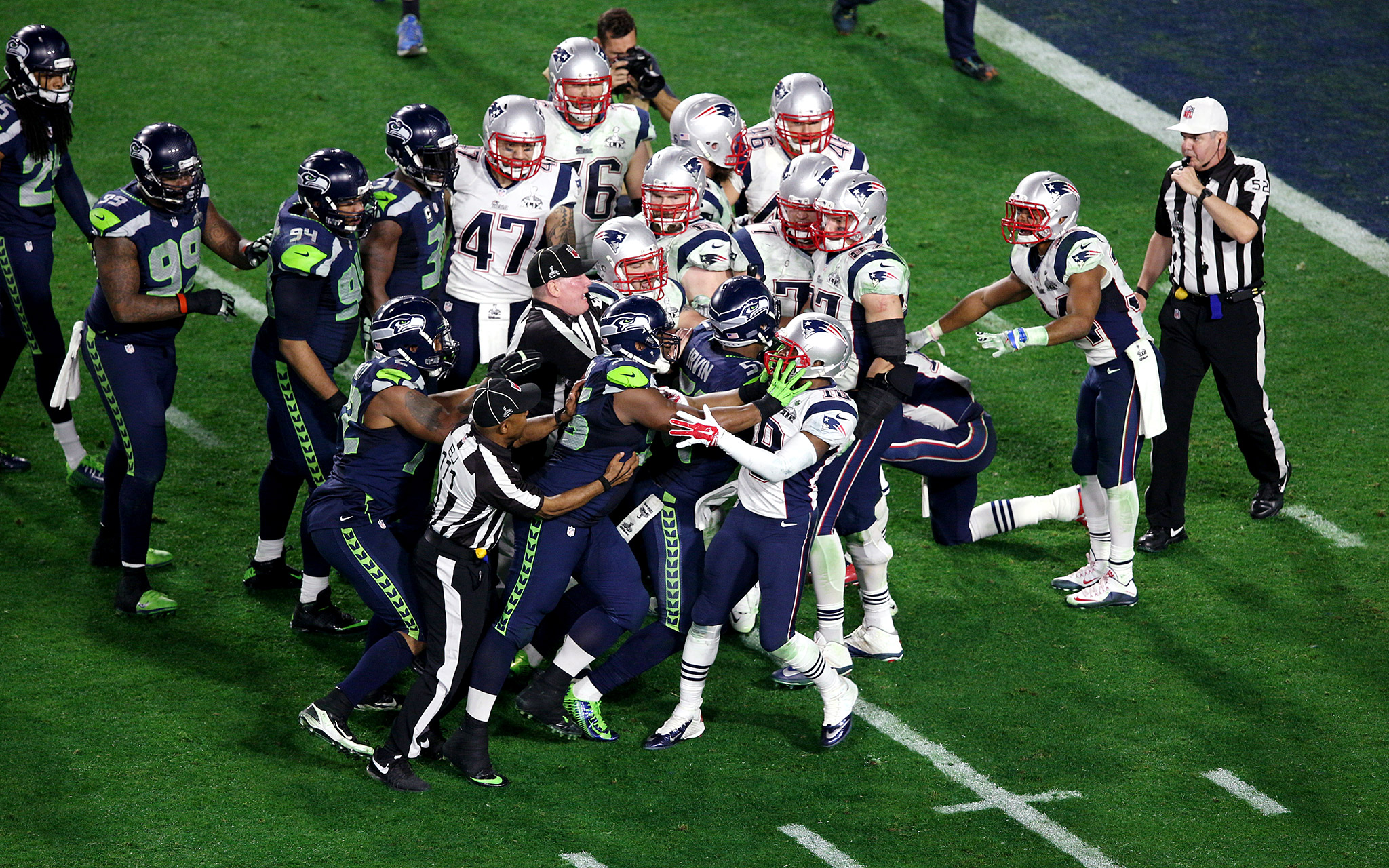 Super Bowl Fight - Super Bowl XLIX - ESPN