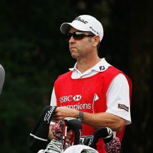 Lawsuit: pay PGA caddies for bib wear