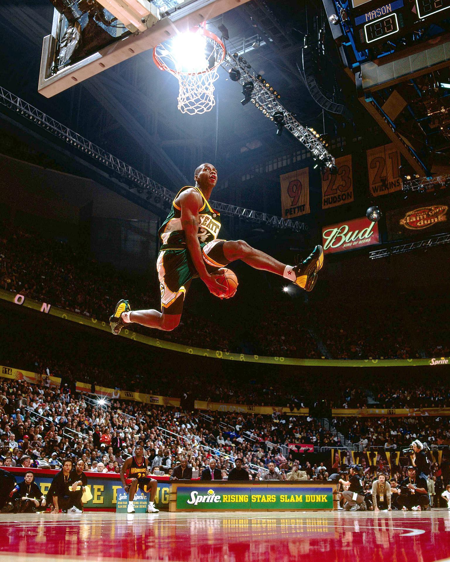 how to slam dunk nba live 18