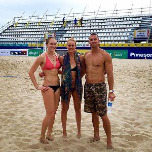 Emily Day, Jennifer Kessy and coach Rich Lambourne