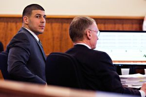 Hernandez texted victim to try to meet