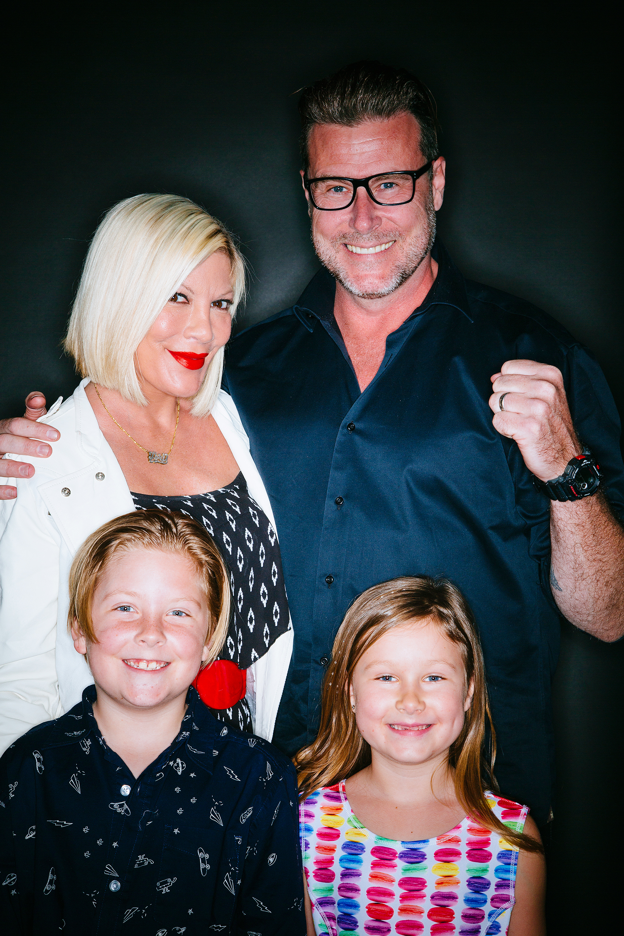 Tori Spelling, Dean McDermott and children Liam and Stella