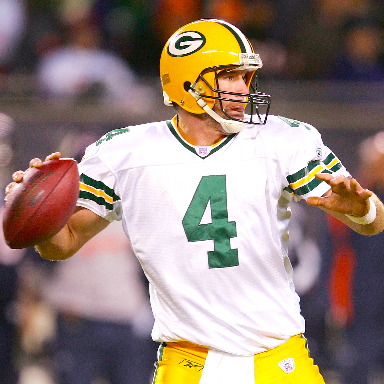 Favre reflects on Packers exit: 'Surreal feeling'