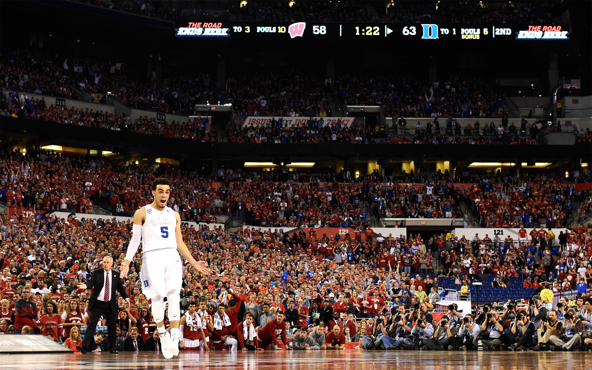thursday games ncaa college championship