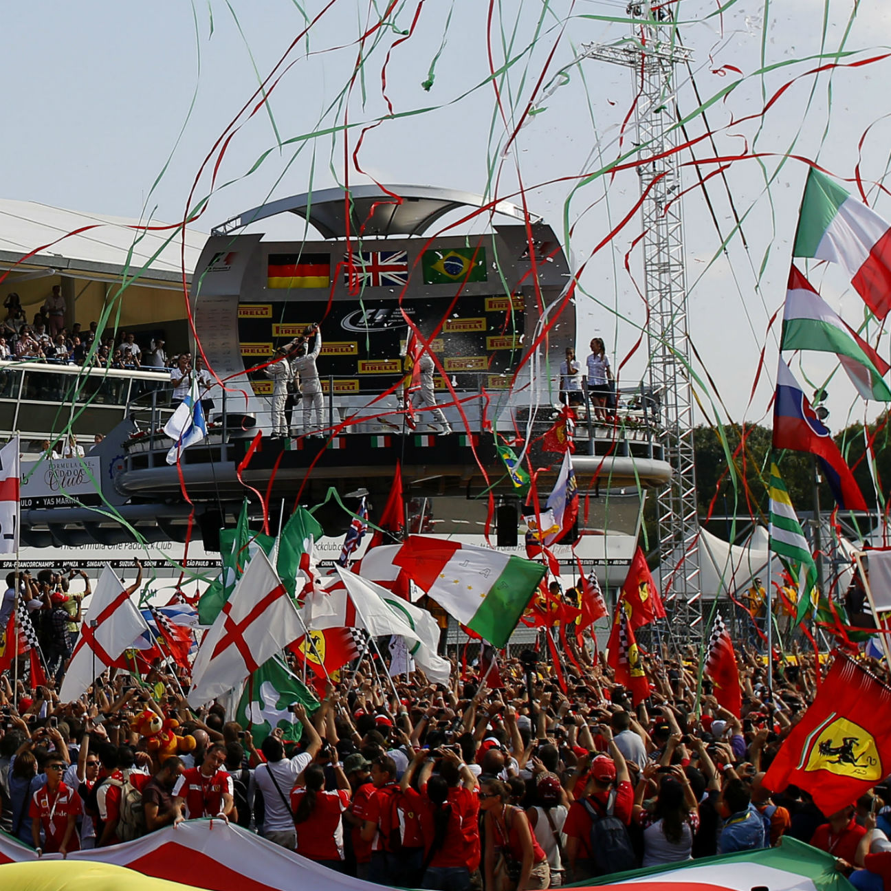 Ecclestone: Monza 'must pay' to stay on calendar