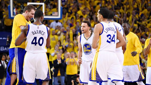 Warriors favorites for title, Vegas says