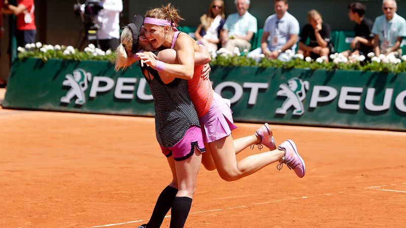 Pic of the Day: Lucie Safarova and Bethanie Mattek-Sands on Day 15